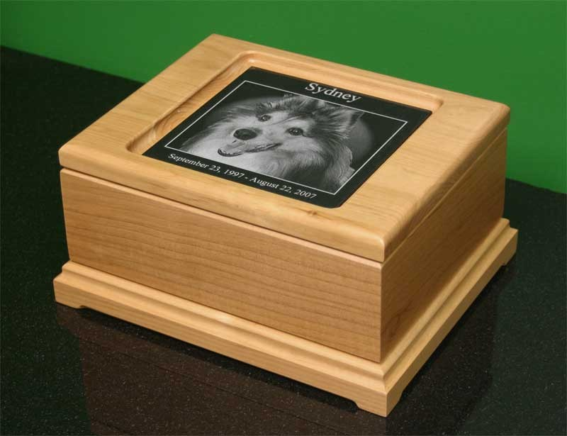 6 x 6 Large Alder Memorial Keepsake Box